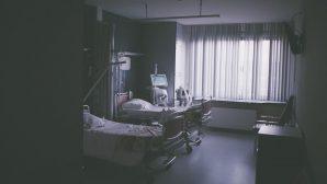 Doktorlar Bitkisel Hayattaki Adamın Ölümüne Karar Verdi