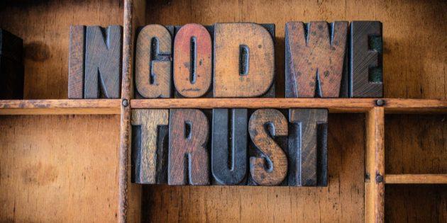 Tüm Güney Dakota Devlet Okullarında 'Tanrı'ya Güveniriz' Tabelası Asılacak