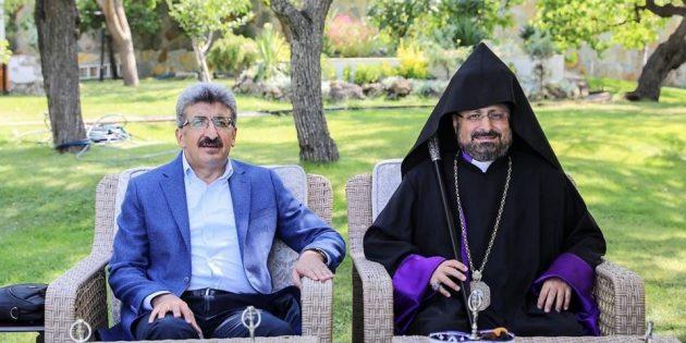 Episkopos Maşalyan, Ahtamar Ayini Öncesinde Resmi Ziyaretlerde Bulundu