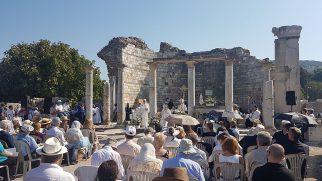 Efes Meryem Ana Kilisesi'nde Theotokos Bayramı Kutlandı