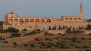 Mor Gabriel Manastırı'nın tapusu iade edildi