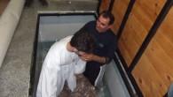Van Kilisesi'nde toplu vaftiz