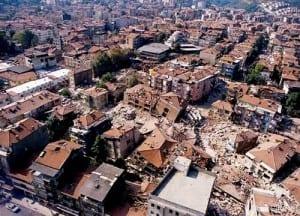 17-agustos-depremi-7