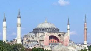 Ayasofya dünyanın 10 harikasından biri seçildi