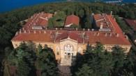 Atina'ya camiye yasal engel kalktı, gözler Heybeliada Ruhban Okulu'nda