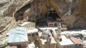 Suriye ordusu Aramice konuşulan Malula kasabasını geri aldı