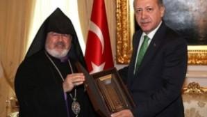 """Başbakan Erdoğan ile görüşen Ateşyan:  """"Bu ilk adım cemaatimizin çoğunluğu tarafından takdirle karşılandı"""""""