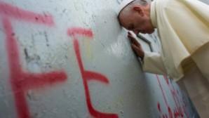 Papa'dan Ortadoğu için dua