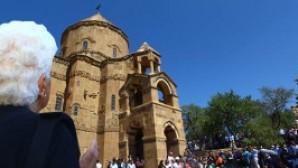 Van Ahtamar Surp Haç Kilisesi'nde 5. kez ayin heyecanı
