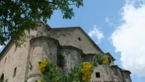 Dizi çekimi için Meryem Ana Kilisesi'nin kirişleri söküldü iddiası