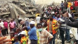 Nijerya'daki kilise konukevinin çökmesi sonucu ölenlerin sayısı 80'e yükseldi. 140 kişi enkaz altından kurtarıldı