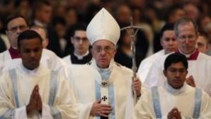 """Papa'dan yılın ilk vaazı: """"Çoğu kez köleliğin geçmişte kaldığı sanılır…"""""""