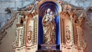 Uçak kazasında hayatını kaybedenlerin yakınları için gezici kilise kuruldu