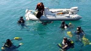 Antalya'da deniz dibi temizliği yapıldı