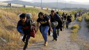 Makedonya göçmen akınına dayanamadı, sınırı kapattı
