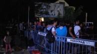 Hırvatistan mültecilere kapıları açtı