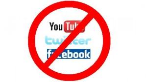 Twitter ve Facebook'a erişim engeli!