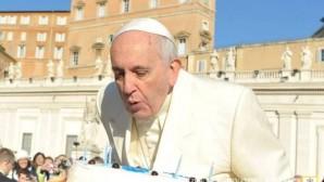 Papa 79'uncu Doğum Gününü Kutluyor
