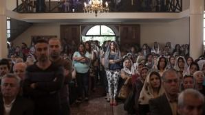 """Suriyeli Pastör, """" Tanrı Uyuyan Kiliseyi Kaldırdı."""""""