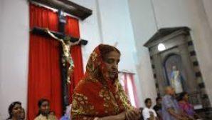 Hindistanlı Hristiyanların Evleri Ateşe Verildi