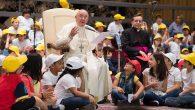 Papa'dan Taciz Karşıtı Yasaya Destek