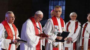 Papa Françesko, Martin Luther Onuruna İsveç'i Ziyaret Etti