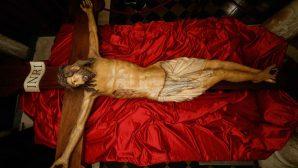 700 Yıllık Çarmıh Vatikan'a Geri Döndü