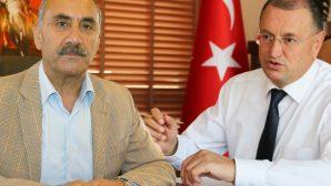 Hatay BŞB Başkanı ve Arsuz Belediye Başkanı'ndan Noel Kutlaması
