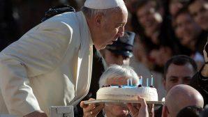 Papa Françesko'ya Doğum Günü Mesajı Gönderebilirsiniz