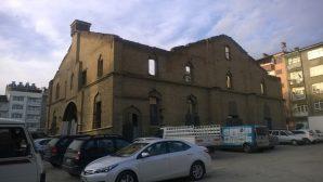 Tarihi Kilise Restore Edilmeyi Bekliyor
