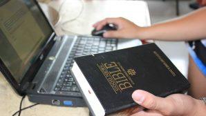 Kutsal Kitap Çevirmenleri Zulümle Karşı Karşıya