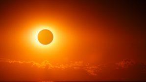 Güneş, Savaşın Ortasında Nasıl Bir Gün Boyunca Kalabildi?