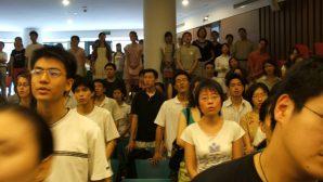 Çin'de Her Yıl 100 Bin Kişi Hristiyan Oluyor
