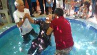Diyarbakır Kilisesi'nde Toplu Vaftiz Töreni Yapıldı