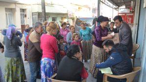İzmir Buca Baptist Kilisesi Yardım Paketleri Dağıttı