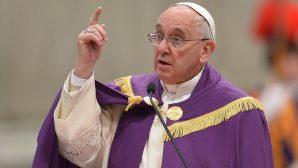 Papa Françesko'dan Sahte Haberleri Kınayan Mesaj