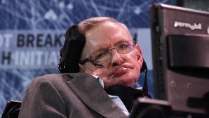 Dünyaca ünlü fizikçi ve yazar Stephen Hawking, Hayatını Kaybetti