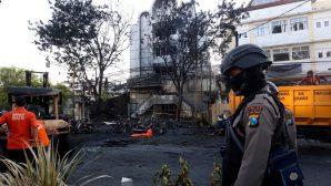 Endonezya'da 1 Aile 3 Kiliseye Saldırdı