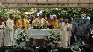 Meryem Ana'nın Göğe Yükselişi Bayramı İzmir'de Kutlandı