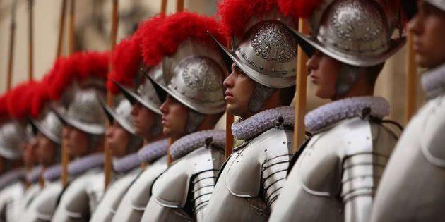 Papa Uğruna Ölmeye Yeminli İsviçre Muhafızları