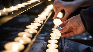 Varşova'da Kilise Saldırısı: 1 Kişi Hayatını Kaybetti, 1 Rahip Yaralandı