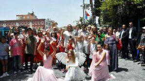 Antalya'da 3000 Rus, Aziz Nikolas Günü'nde Bir Araya Geldi