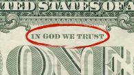 """Üniversite Öğrencileri Para Biriminden """"Tanrı'ya Güveniyoruz"""" İfadesinin Kaldırılmasını İstiyor"""