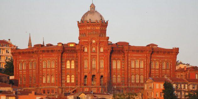 Azınlık Okulları 280 Öğrencisiyle Kapanmamaya Direniyor