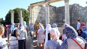Rus Ortodoks Kilisesi, Efes'te Bin Yıl Sonra Tarihi Ayin Düzenledi