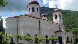 Bulgaristan'da Kilise Soyuldu