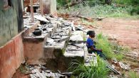 Kenya'da 8 Çocuklu Hristiyan Aile, Köyden Köye Taşınıyor
