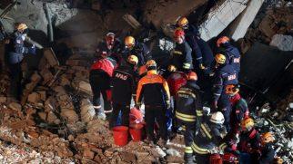 Elazığ ve Malatya'da Etkili Olan Deprem Sonrası Son Gelişmeler