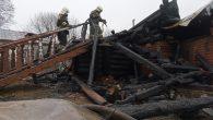 Rusya'da Ahşap Kilise Yangın Sonucunda Tamamen Tahrip Oldu