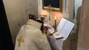Karasun Manuk Ermeni Kilisesi İsim Gününü 'Buruk' Kutladı
